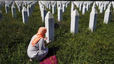 """Президентът на Република Сръбска: Сребреница е """"договорена трагедия"""""""