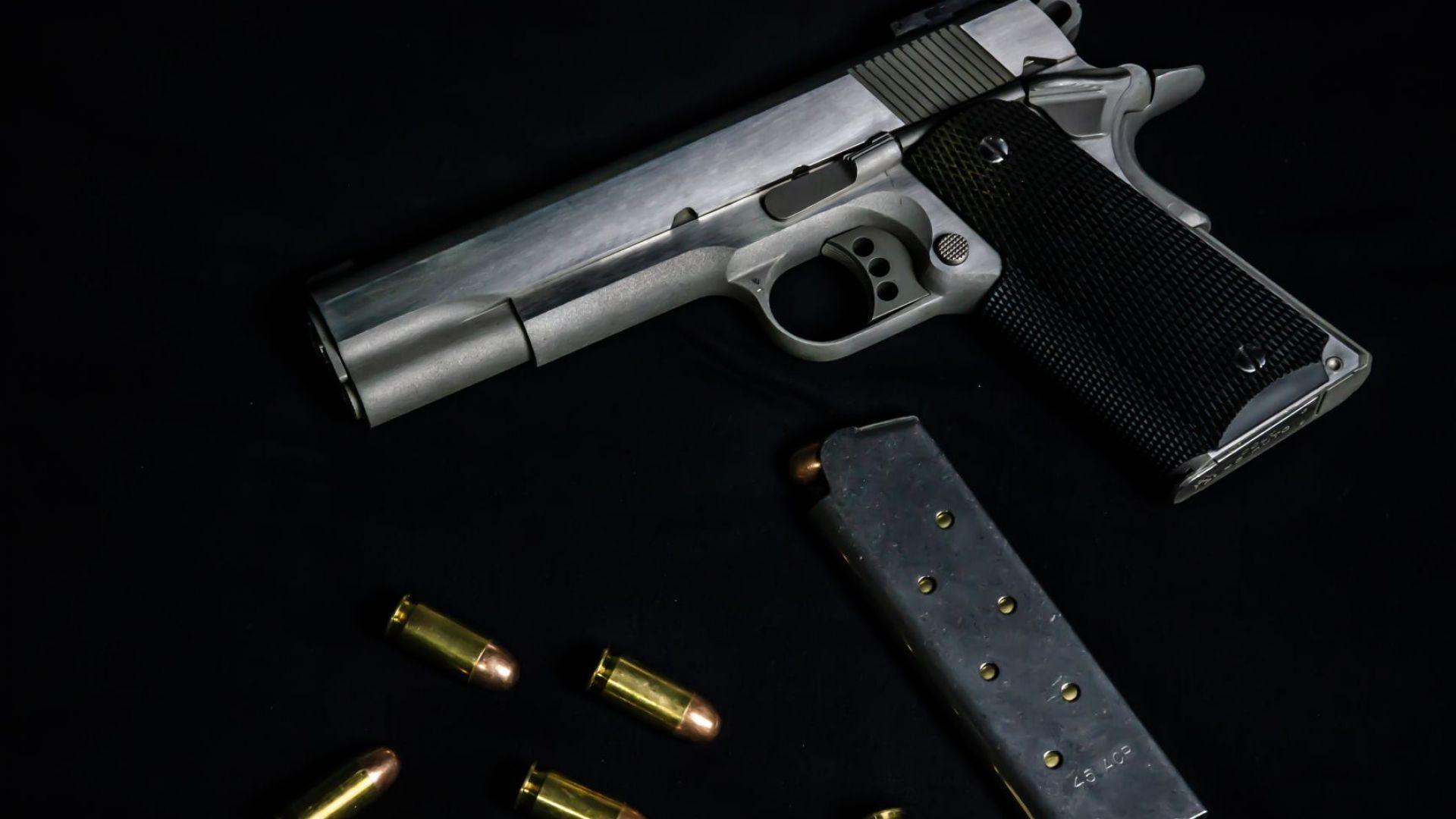 Мъж се простреля в главата на Васильовден