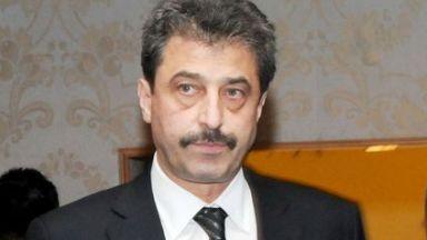 Цветан Василев укрил трансакции и поискал смяна на съдията в Сърбия