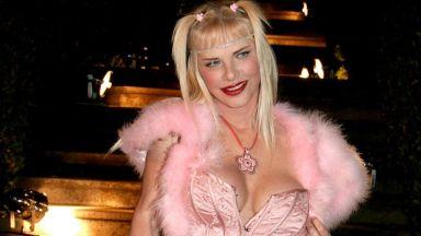Бившата порнозвезда Чичолина си търси правата заради блокираната й депутатска пенсия
