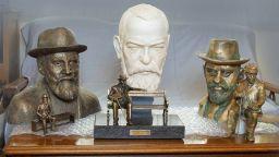 Скулпторът Адриан Новаков ще изработи пластичната фигура на Пенчо Славейков в Трявна