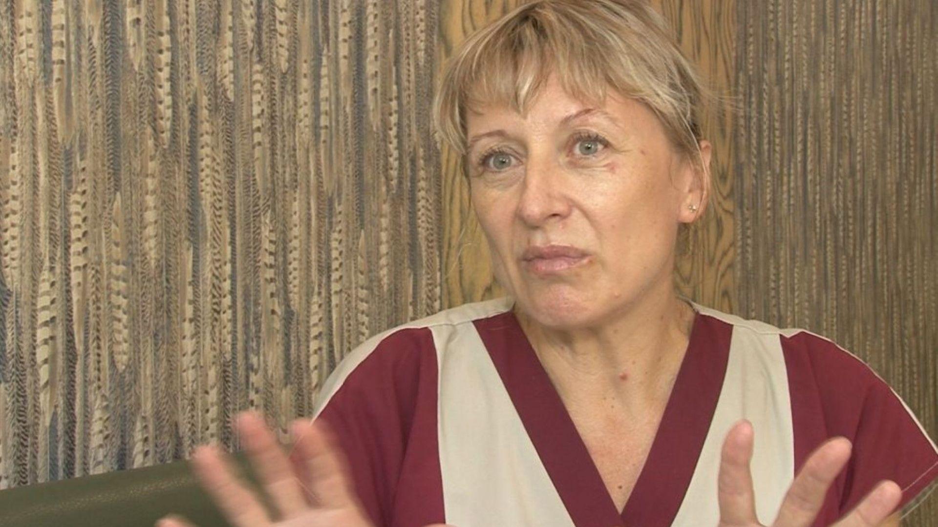 Ударената от австрийски турист камериерка проговори