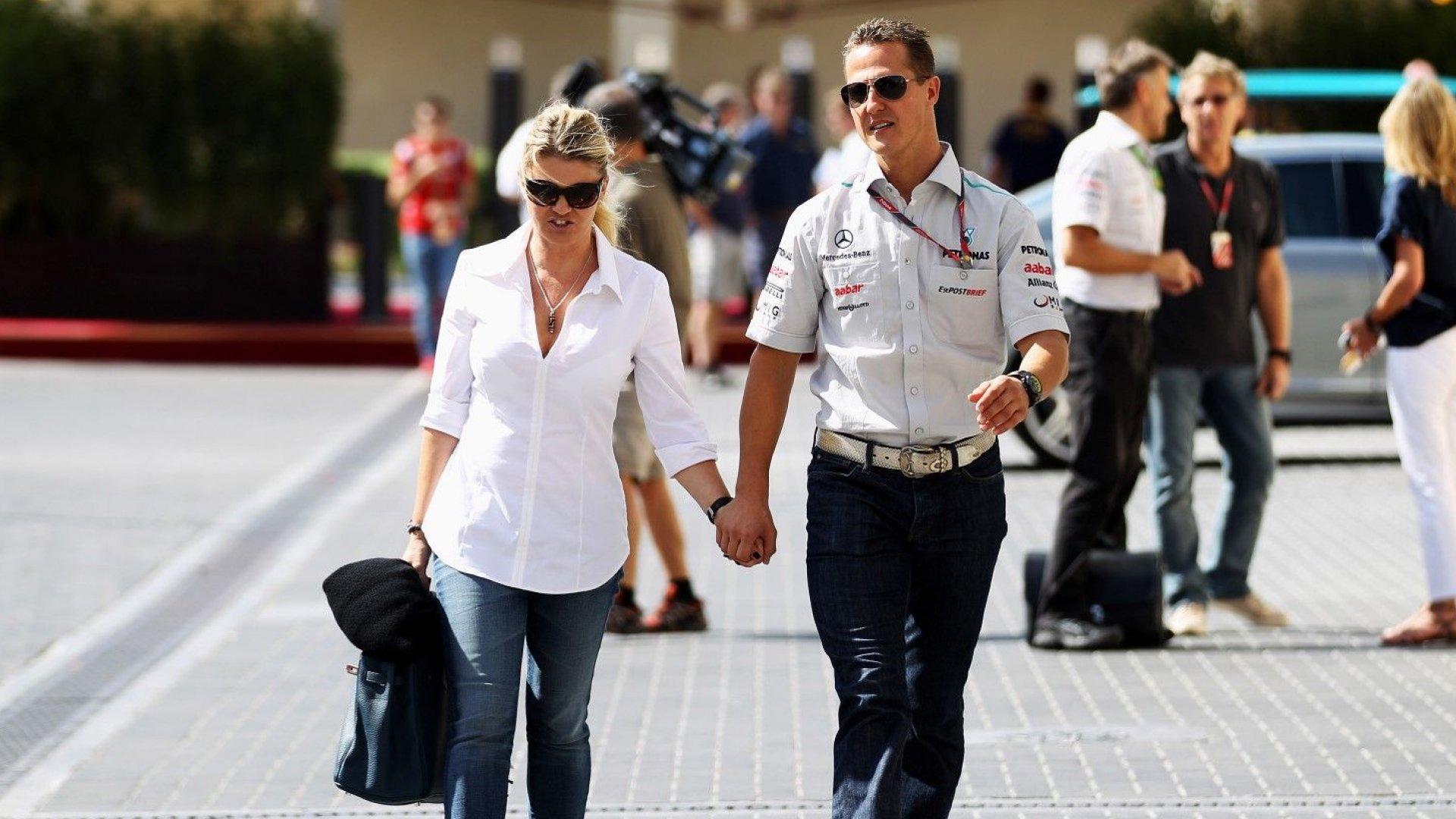 Бившият мениджър на Шумахер нападна съпругата му: Тя крие истината!