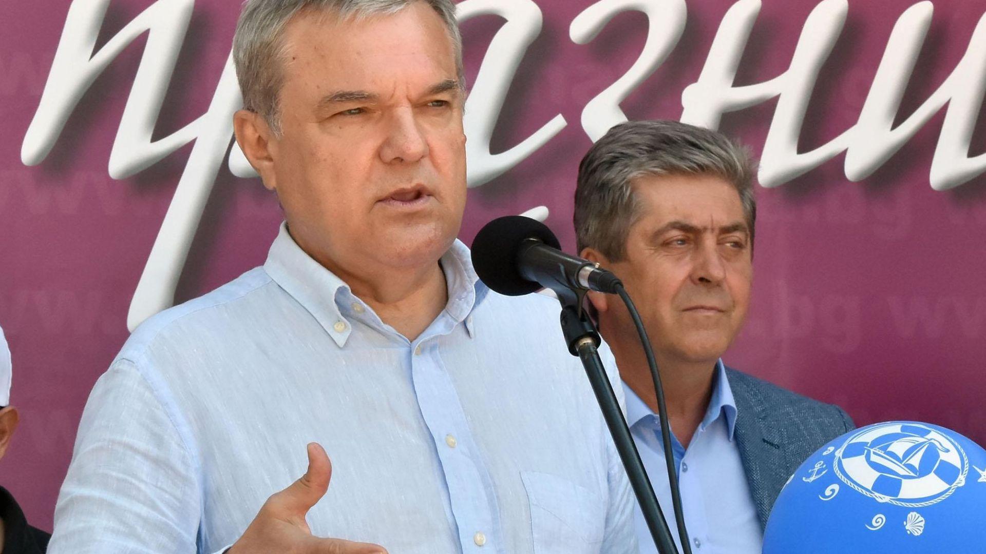 Румен Петков контрира Борисов за електронния масив - създавал корупционна среда