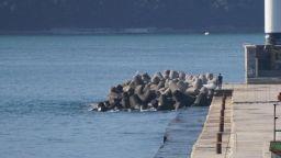 Нов инцидент на тетраподите във Варна