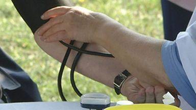 Мерят кръвното в Русе на публични места в деня на хипертонията