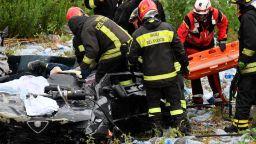 20-на души още са в неизвестност след струтването на моста в Генуа