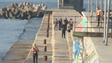 Шефът на порт Варна: За инцидента на вълнолома са виновни родителите