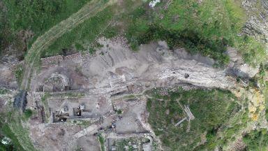 Напълно е проучена западната крепостна стена на замъка на средновековния град Русокастро