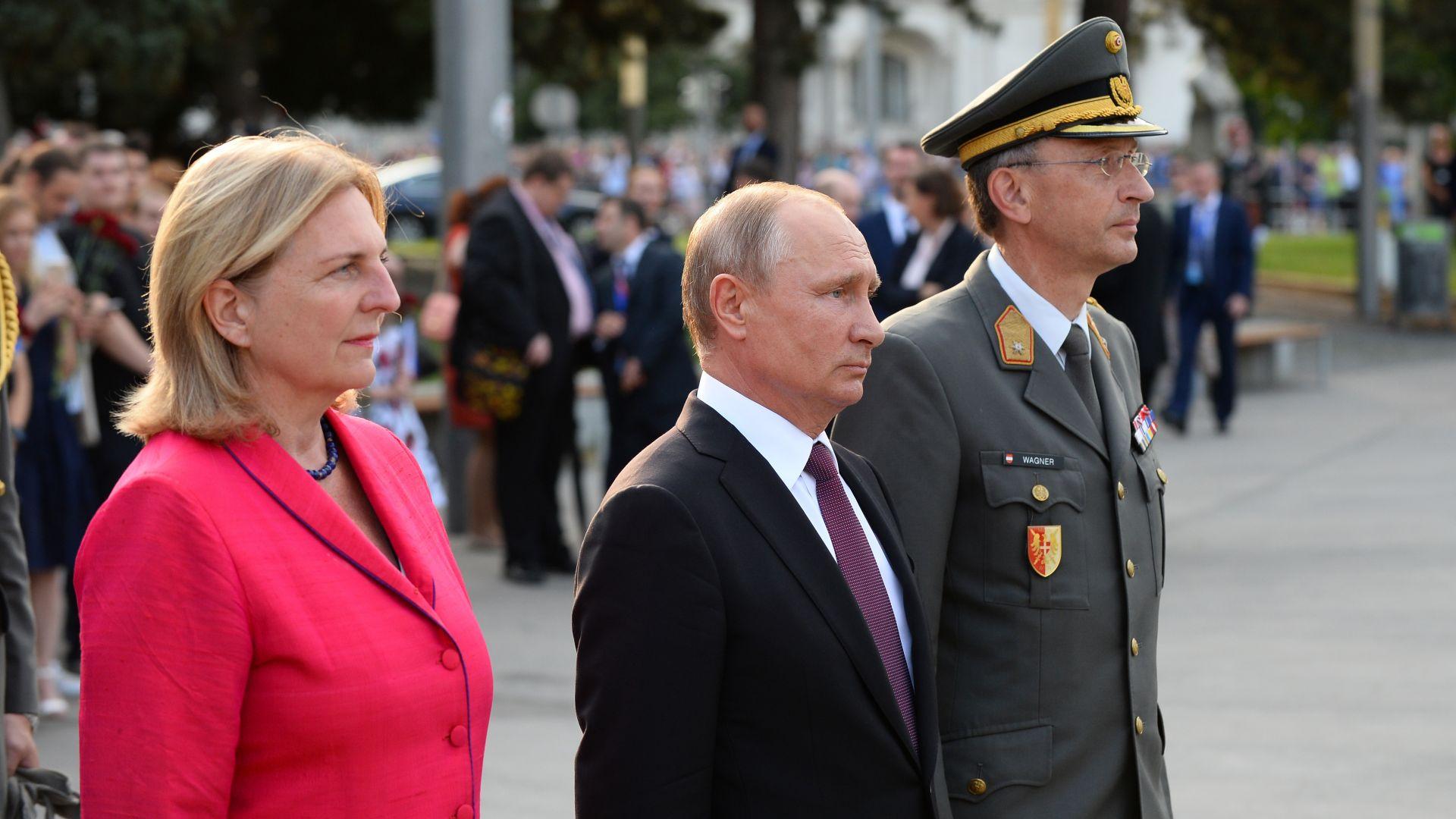 Политическа буря в Австрия: Защо Кнайсел покани Путин на сватбата си?