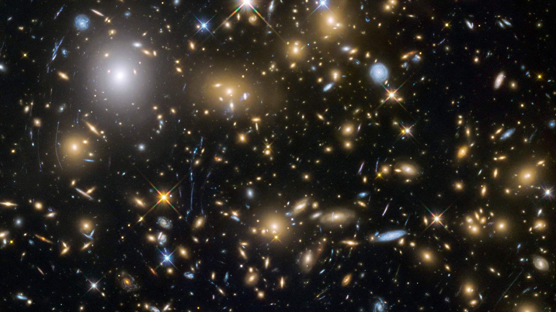 Откриха най-старата галактика във Вселената