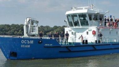 Държавата се сдоби с нов кораб, ще проучва река Дунав