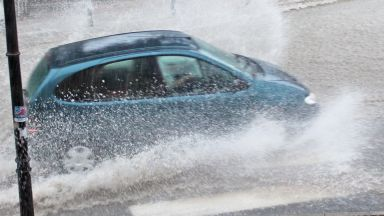 Мощни бури удариха Разград, Добрич и Шумен