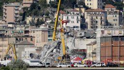 Петима остават в неизвестност след рухването на моста в Генуа