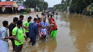 Българка е потърсила помощ от посолството ни в Делхи заради наводненията