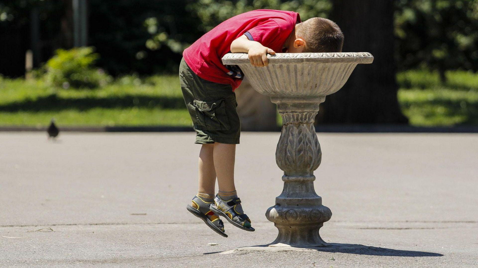 Центърът на София остава без вода днес