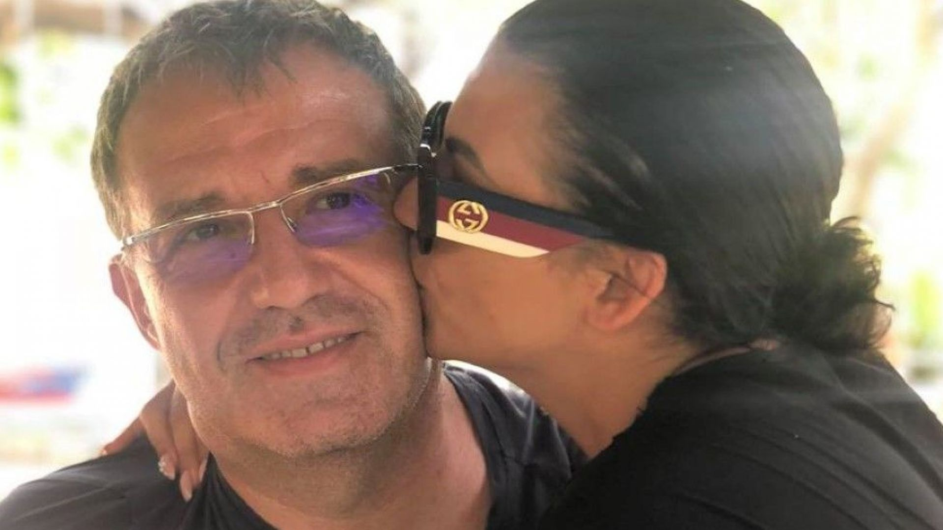 Деси Цонева се сгоди