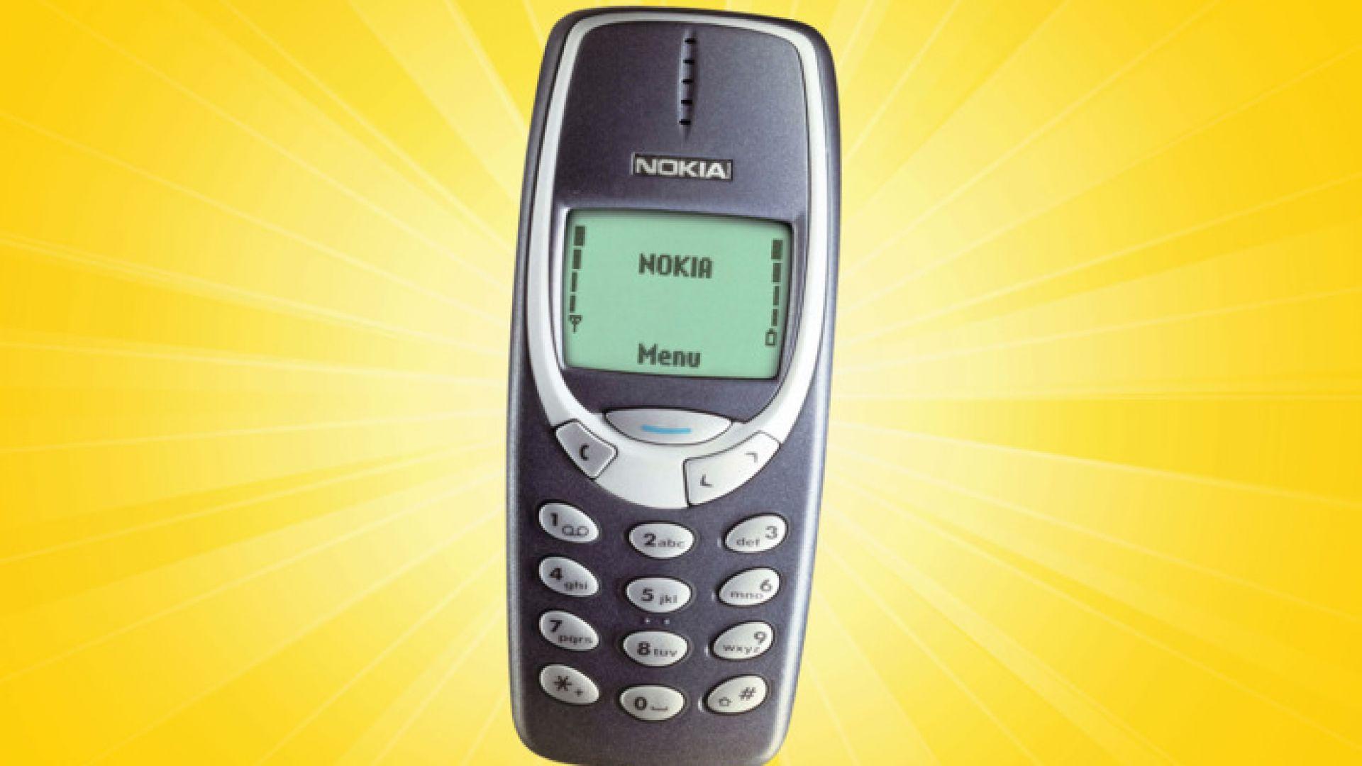 """Увеличава се търсенето на """"глупави"""" телефони"""