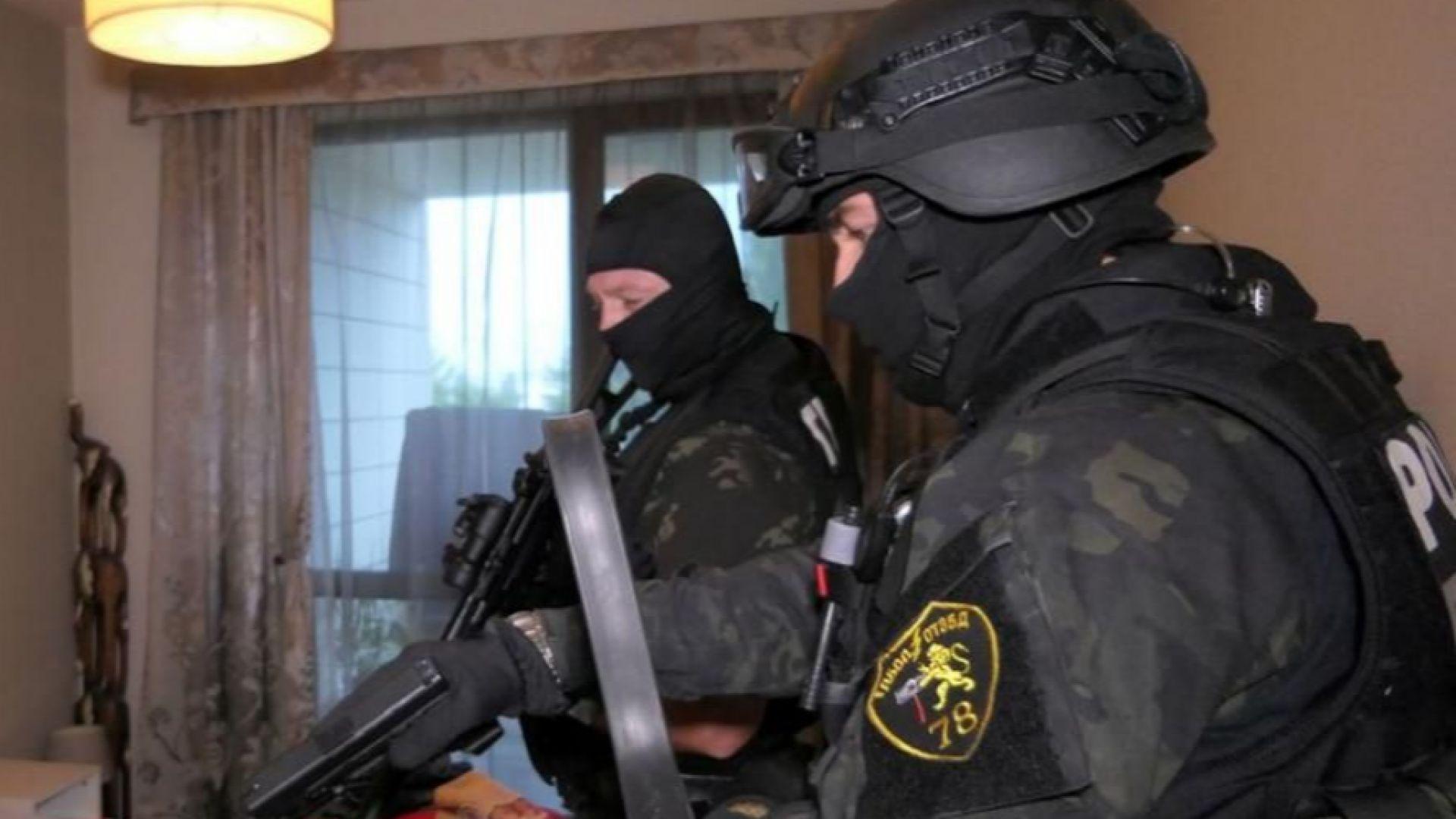 Полицията с мащабна акция срещу мигранти край София