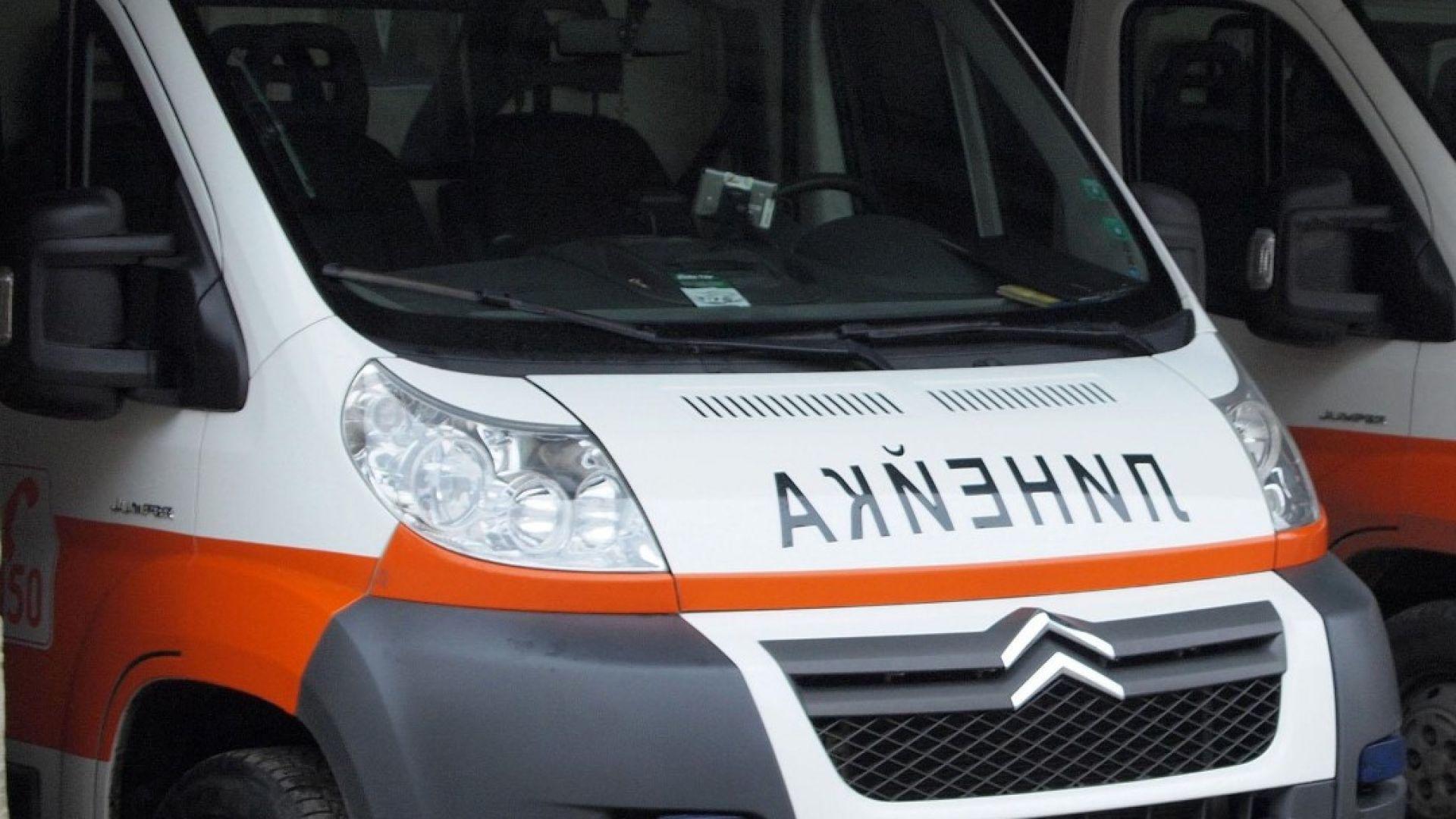 Тежка катастрофа затвори пътя Бургас-Поморие, 4 жени са ранени