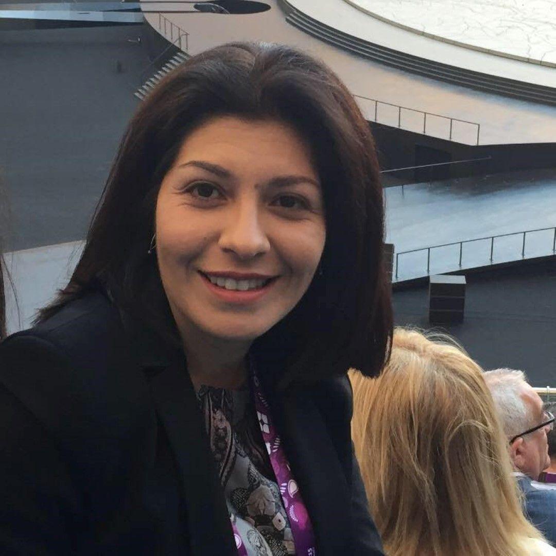 Севдалина Арнаудова
