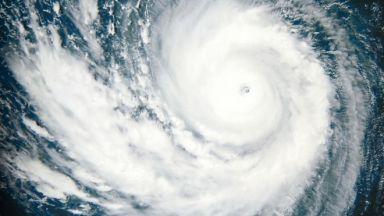 Глобалното затопляне усилва супертайфуните