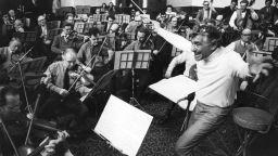 Легендарният Ленард Бърнстейн навършва 100 години