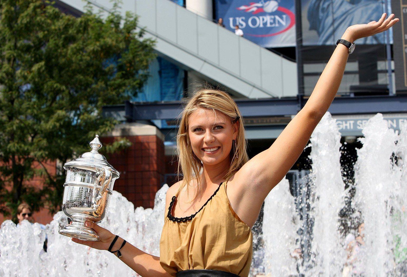 Година по-късно Мария Шарапова спечели единствения си трофей в САЩ и втория си от Големия шлем в кариерата.