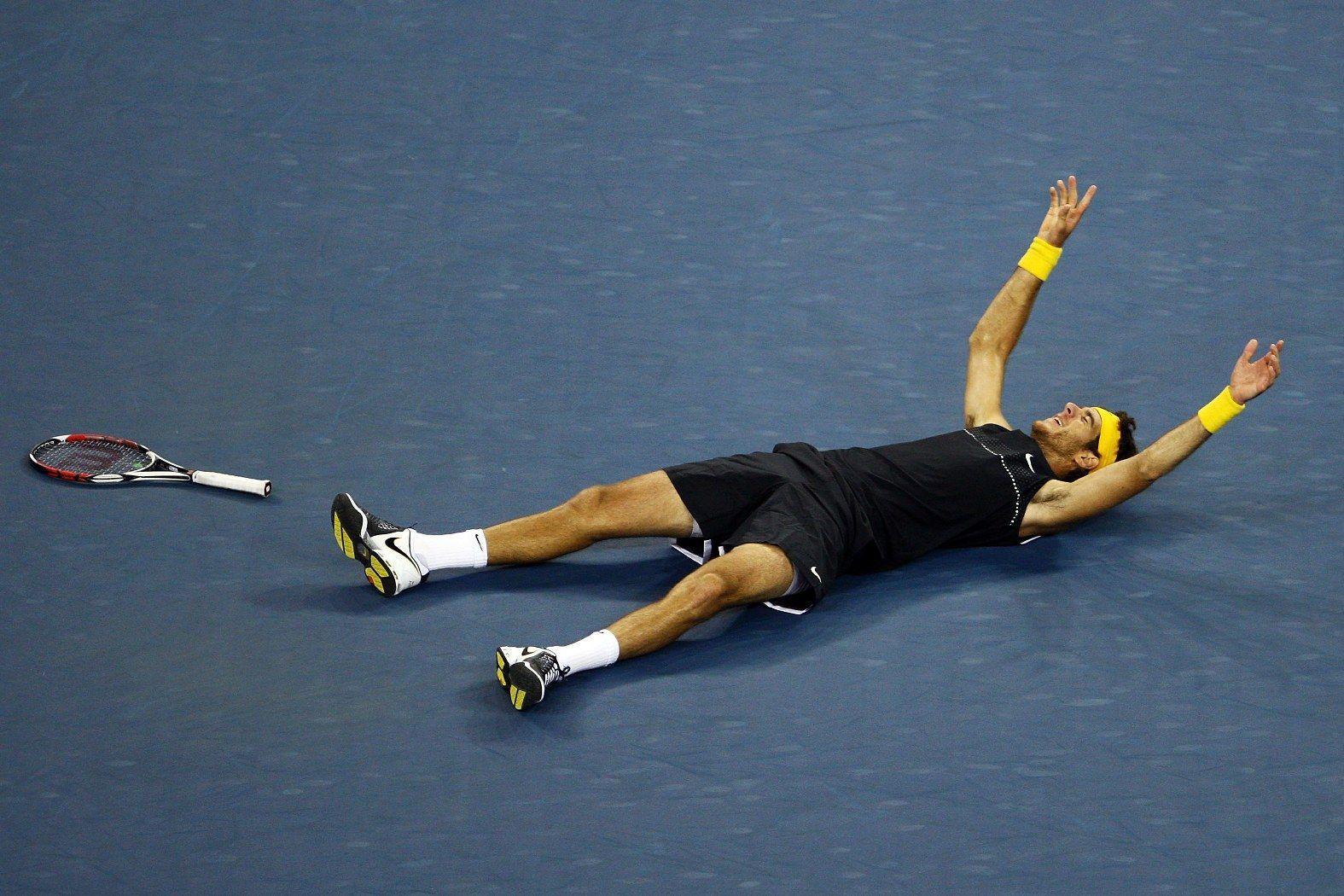 Звездният миг за Хуан Мартин Дел Потро, който шокира Федерер във финала през 2009-а.