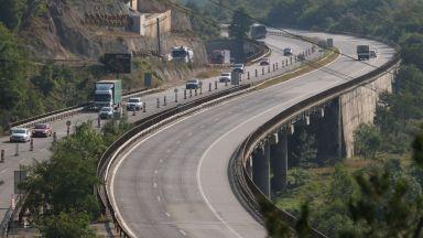 Мостове в риск: Вода подрива един от виадуктите след Витиня
