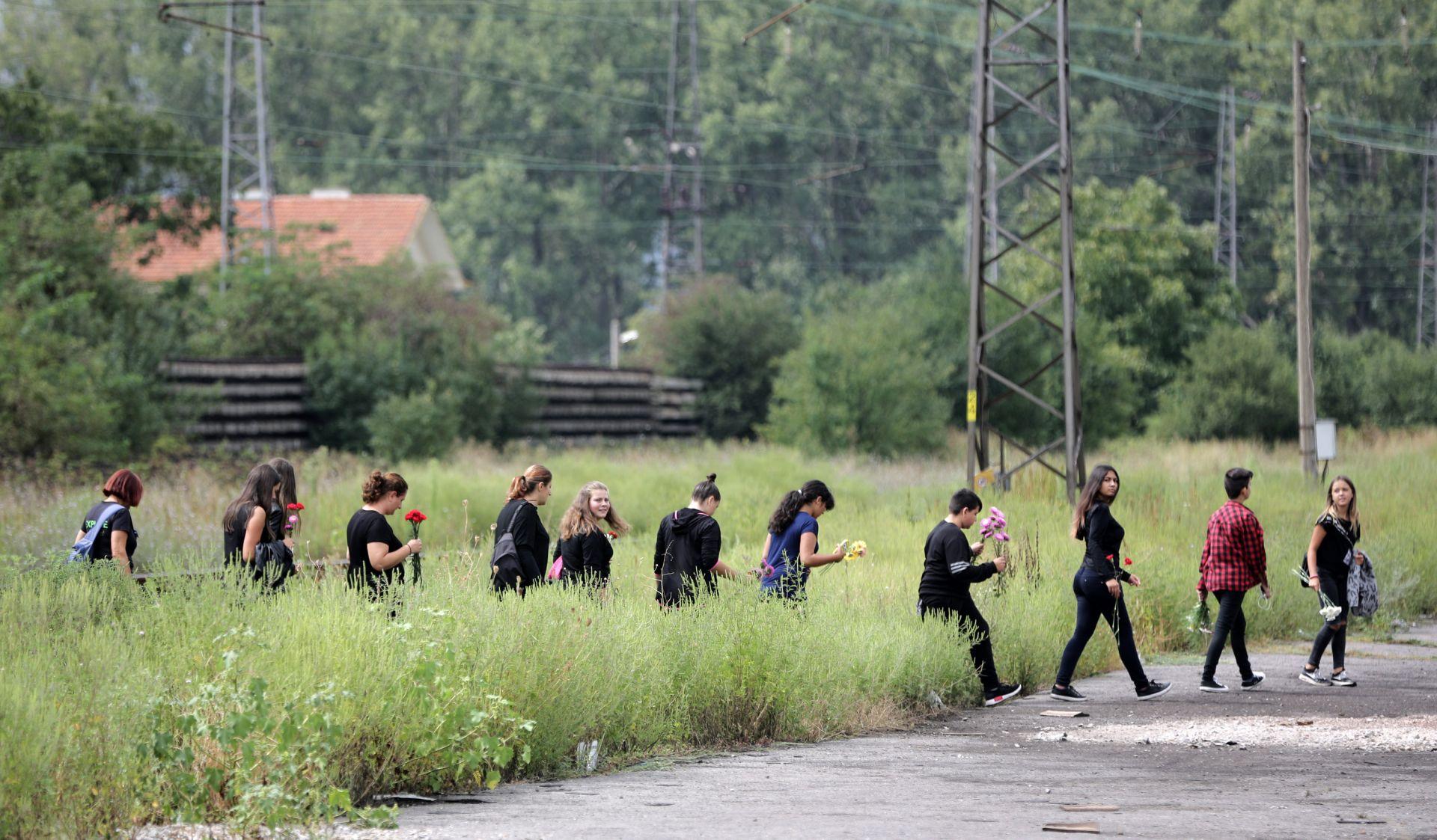 Започнаха погребенията в Световрачене на жертвите на пътния инцидент с автобус
