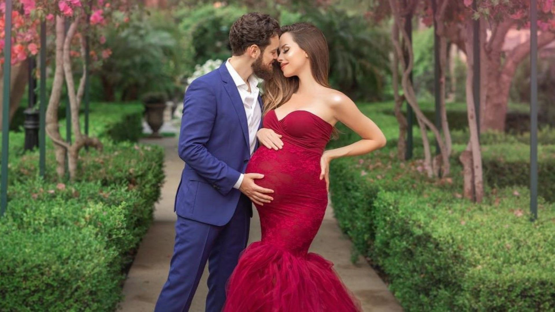 Теди Бургазлиева в очакване на първото си дете