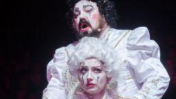 Калуди Калудов празнува 40 години на сцената в родната си Варна