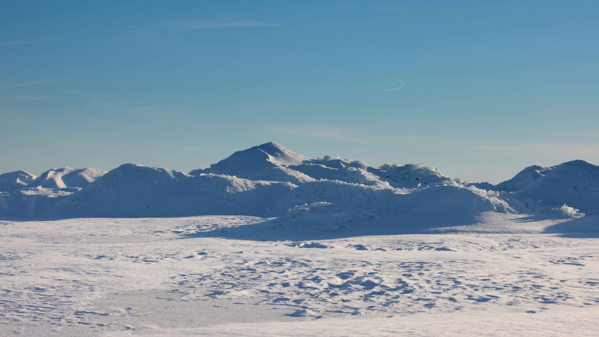 Под Антарктида беше открит голям източник на радиация