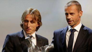 Агентът на Роналдо: Смешно е, че дадоха наградата на Модрич