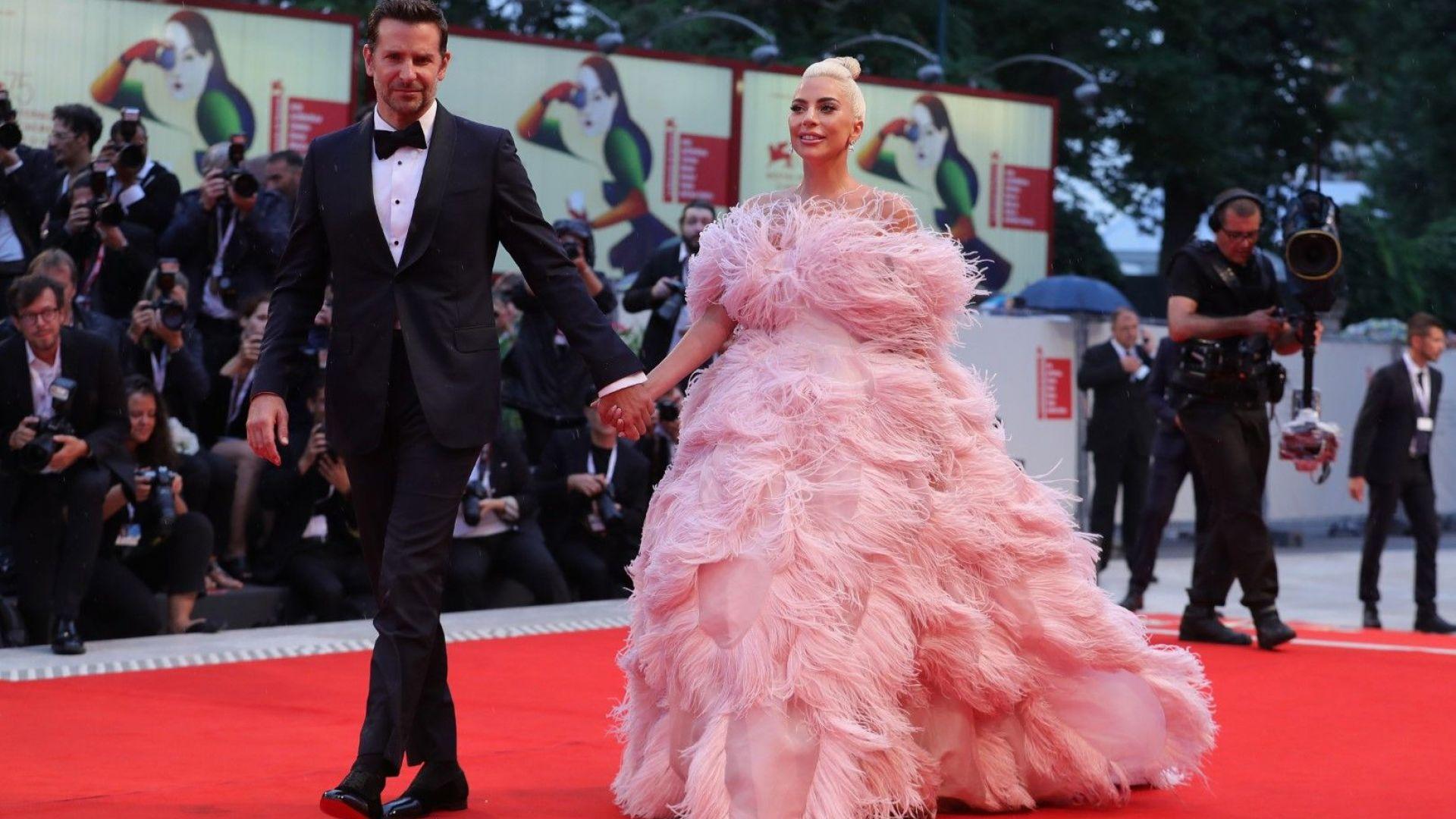 Лейди Гага покори Венеция като актриса и с модния си избор
