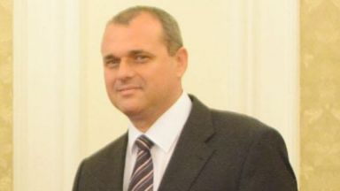 Искрен Веселинов: Есента ще направим заявка за разговор по политики с ГЕРБ