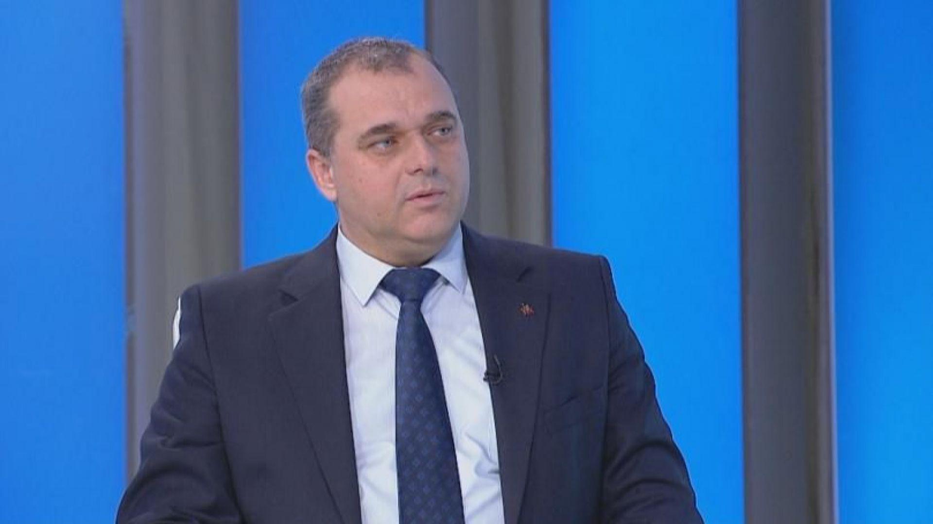 С оставката си Валери Симеонов смъква сериозен товар от управлението