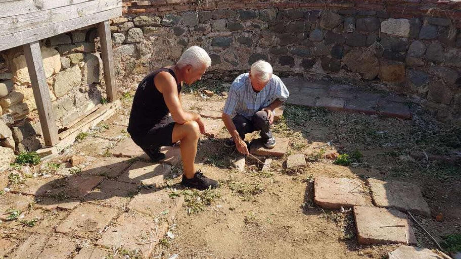 Волен Сидеров ще лобира за пари за разкопките на остров Свети Йоан (СНИМКИ)