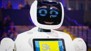 Руски робот спира стрелбата в американските училища