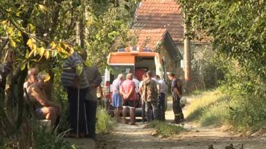 Съкратен от работа 62-годишен се самозапали в Русенско (видео)
