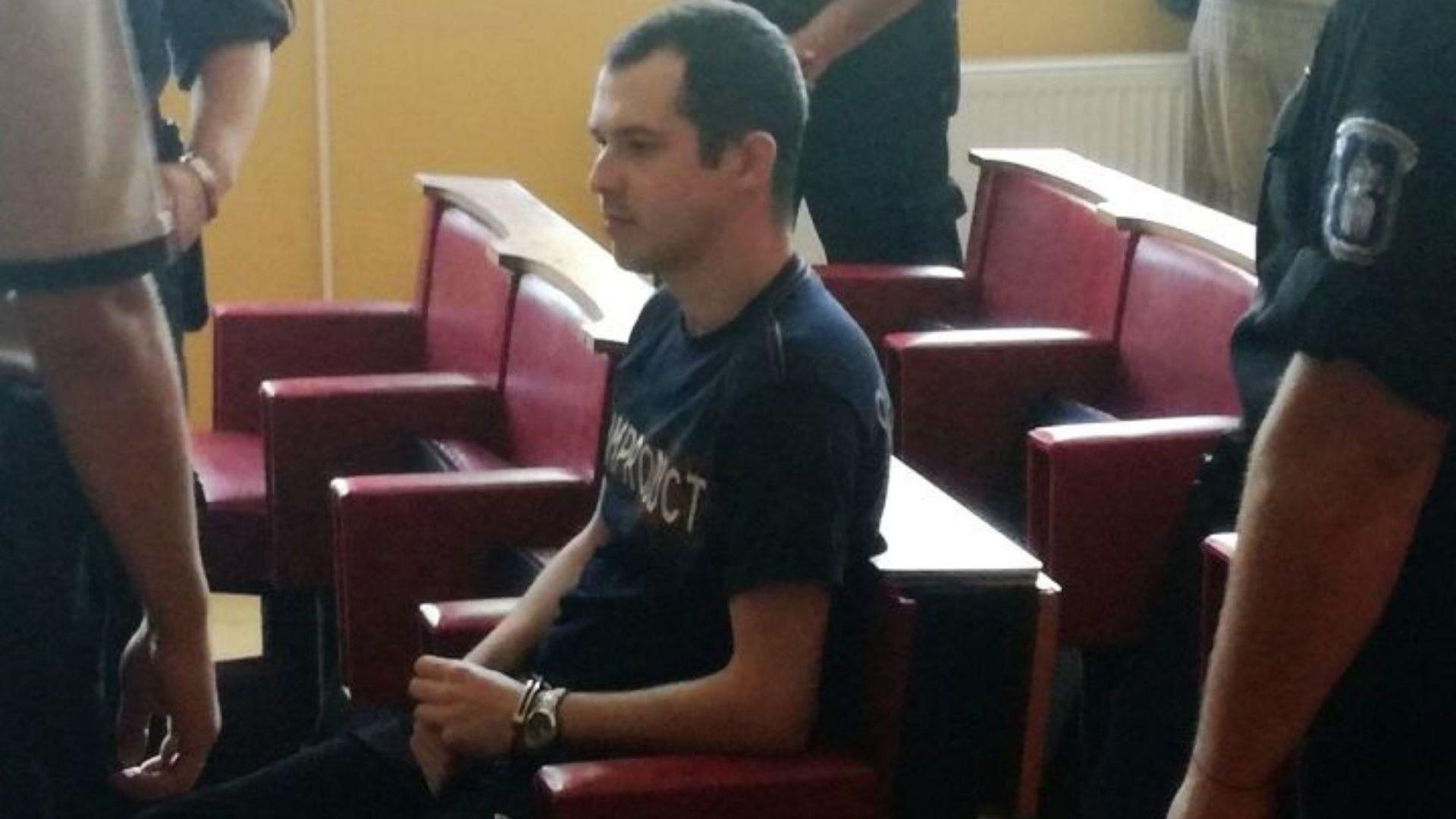 """23 г. за убиеца на малката Дамла. Родителите крещят: """"Смърт"""" (видео)"""
