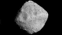 На астероида Бену e имало вода