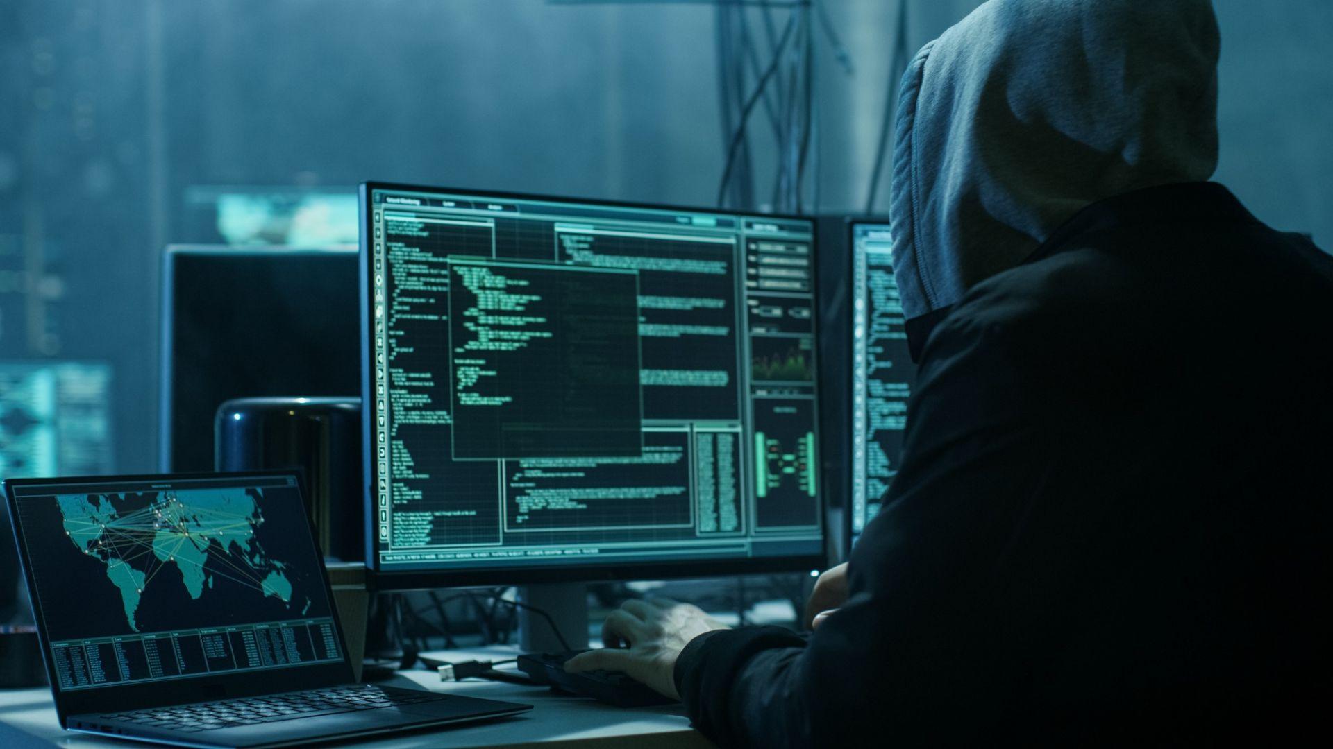 """Хакери откраднаха личните данни на 380 000 клиенти на """"Бритиш еъруейз"""""""