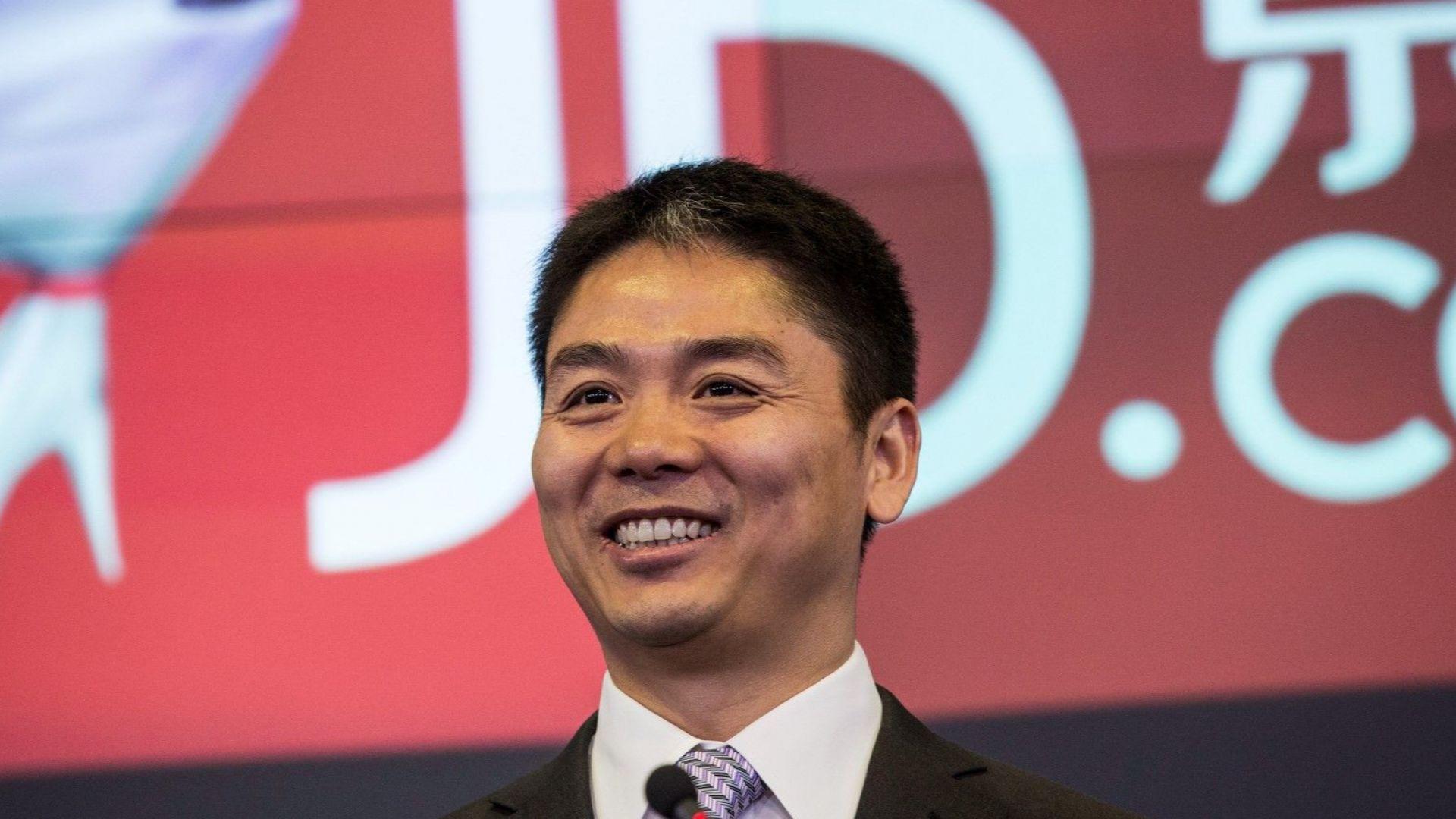 Китайски милиардер разследван за изнасилване в САЩ