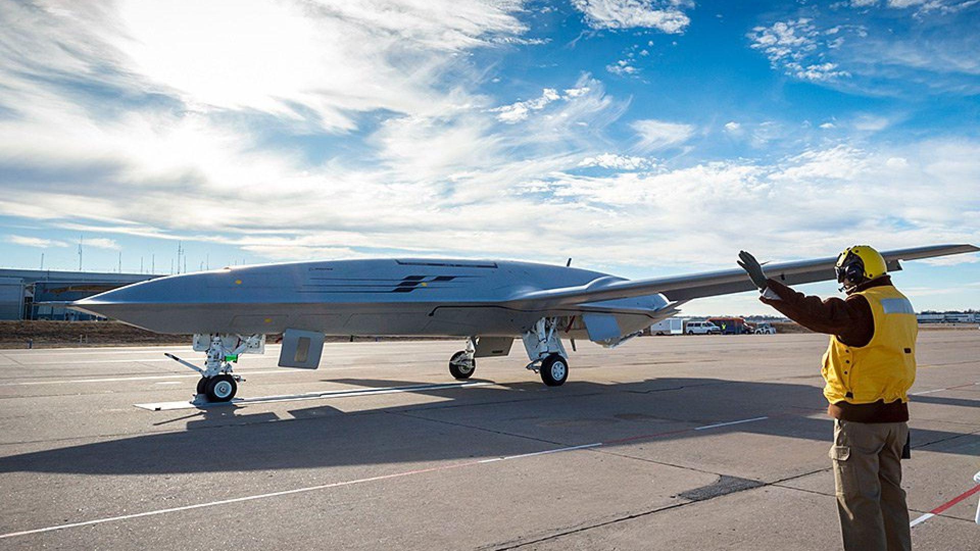 САЩ въоръжават самолетоносачите си с дронове