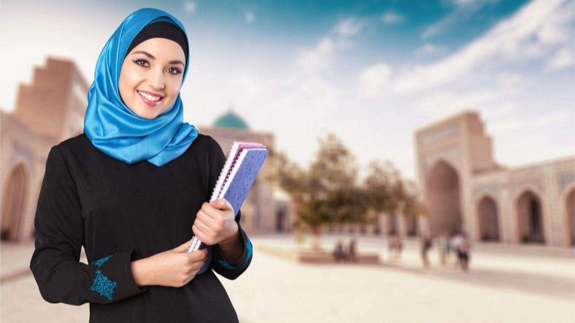 В ОАЕ за първи път момчета и момичета ще учат заедно