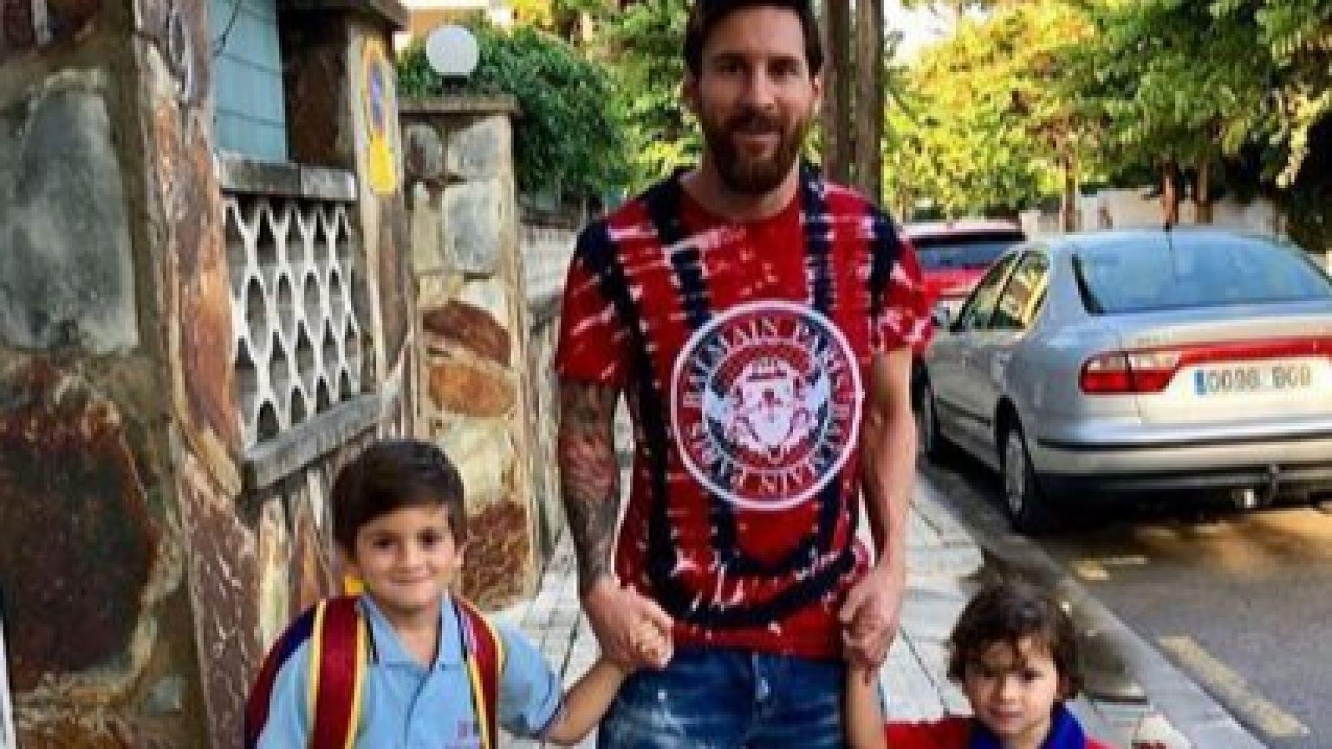 Меси изпрати сина си на училище (снимки)