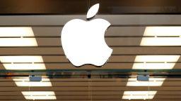 Епъл все по-силно зависим от Китай