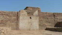 Огромната гробница край Маноле най-вероятно е строена за Филип I Араб